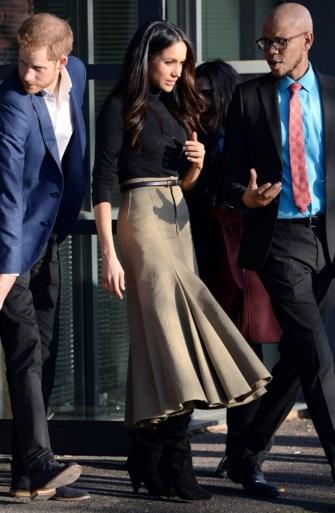 Meghan Markle koos twintig jaar oude outfit voor eerste officiële bezoek