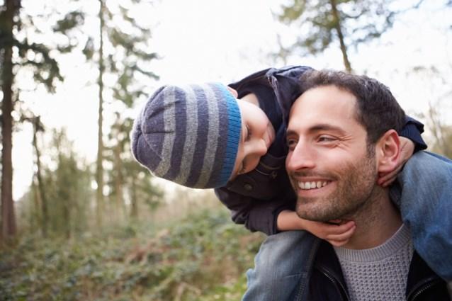 Dit is het enige land waar vaders meer tijd doorbrengen met hun kinderen dan moeders