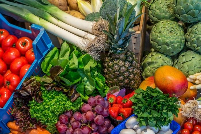 Waarom betalen we in de supermarkt 1 euro voor een selder, terwijl de boer amper 3 cent krijgt?