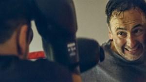 """Het verborgen kantje van VTM-journalist Faroek: """"Ik zou niet graag tegen mezelf vechten"""""""