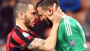 """Toptalent van AC Milan barst in tranen uit na nieuwe uithaal van de eigen fans: """"Je broer is een parasiet!"""""""