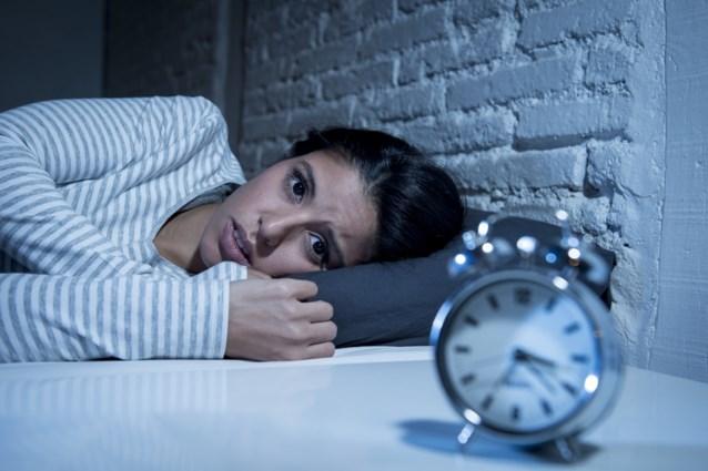 Kan je de slaap ook moeilijk vatten? Het is normaal in deze tijd van het jaar