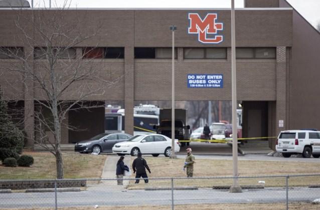 Twee doden en zeventien gewonden bij schietpartij in school in Kentucky