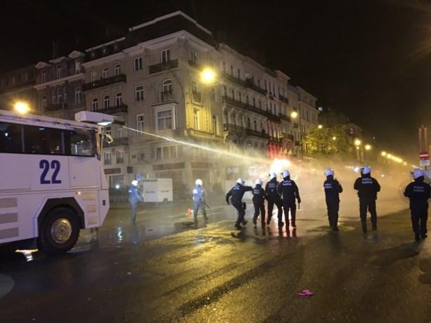 36 relschoppers opgepakt na rellen in Brussel, één persoon twee keer opgepakt