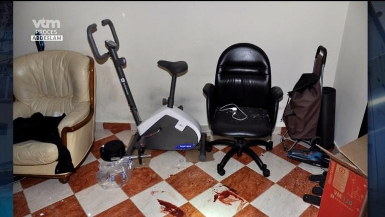 Foto's tonen hoe hevig de schietpartij was in appartement waar Abdeslam zich schuilhield