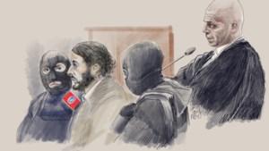 """""""Abdeslam zou eigenlijk zijn advocaat Sven Mary moeten ontslaan"""""""