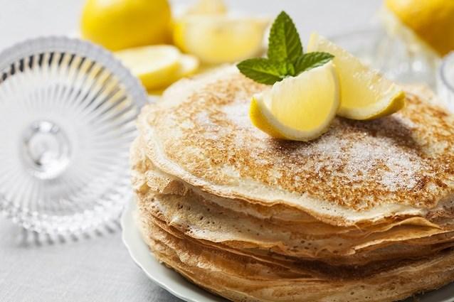 Vier Pancake Day of Vastenavond met deze pannenkoeken met gin-tonic