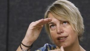 Aan het Vlaamse publiek zegt Schauvliege dat er meer bos is dan ze aan EU vertelt