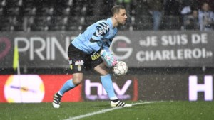 Charleroi-doelman Penneteau moet geopereerd worden aan de knie