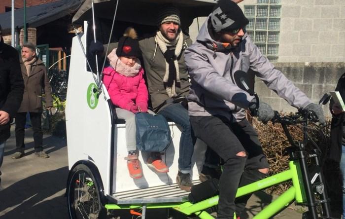 't Lampeke lanceert fietstaxi en hoopt op navolging