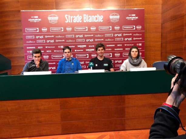 """Niet Van Avermaet, maar Van Aert tussen Sagan en Kwiatkowski op vooravond Strade Bianche: """"En ik kreeg ook effectief vragen"""""""