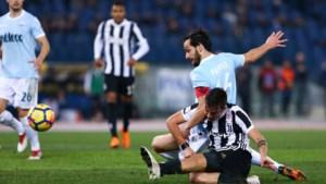 Juventus wint in extremis van Lazio dankzij geniale ingeving Dybala, Lukaku heeft geluk dat actie niet viraal gaat