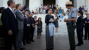 Holocaustmuseum VS neemt mensenrechtenprijs af van Aung San Suu Kyi