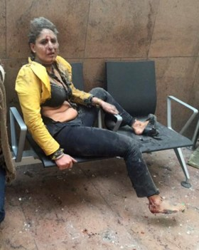 Stewardess die zwaargewond raakte tijdens aanslagen in Zaventem, op zoek naar man die haar hielp