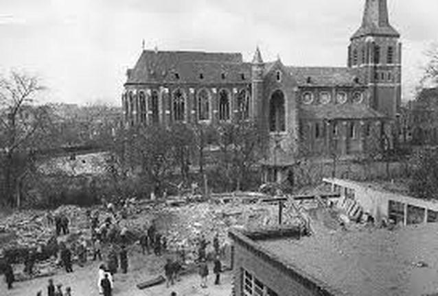Ook Hove herdenkt bombardement Mortsel