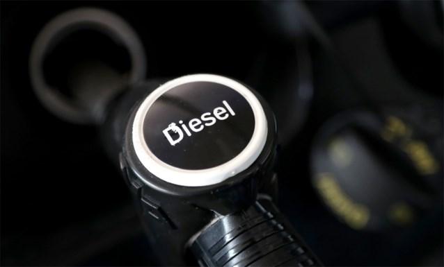 Maximumprijs diesel vanaf morgen hoger dan benzine