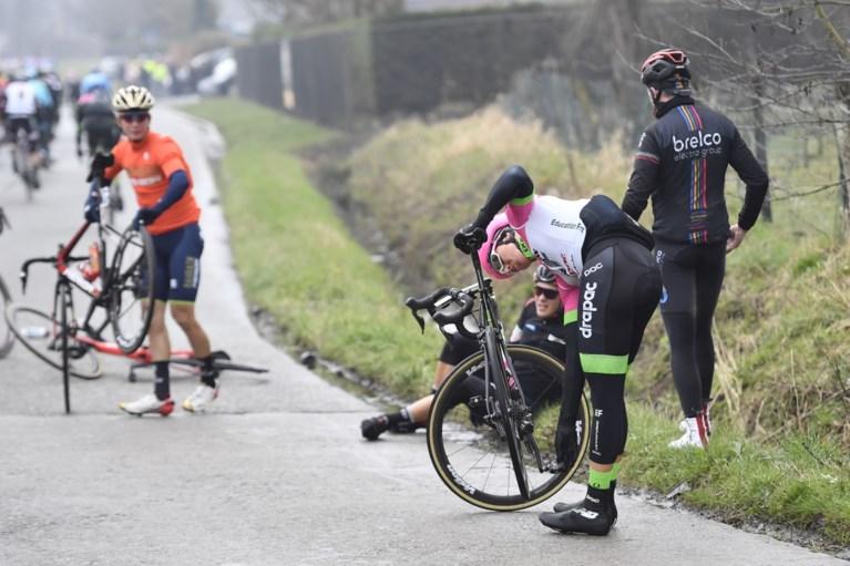 Beresterke Niki Terpstra zorgt voor nieuwe triomf van Quick Step in loodzware Ronde van Vlaanderen