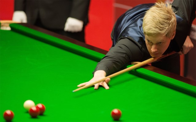 Neil Robertson veegt vloer aan met Stuart Bingham op China Open snooker