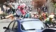 """Ploegmaat Vanmarcke ontsnapt na spectaculaire botsing met geparkeerde auto: """"10 op 10 als de landing was gelukt"""""""