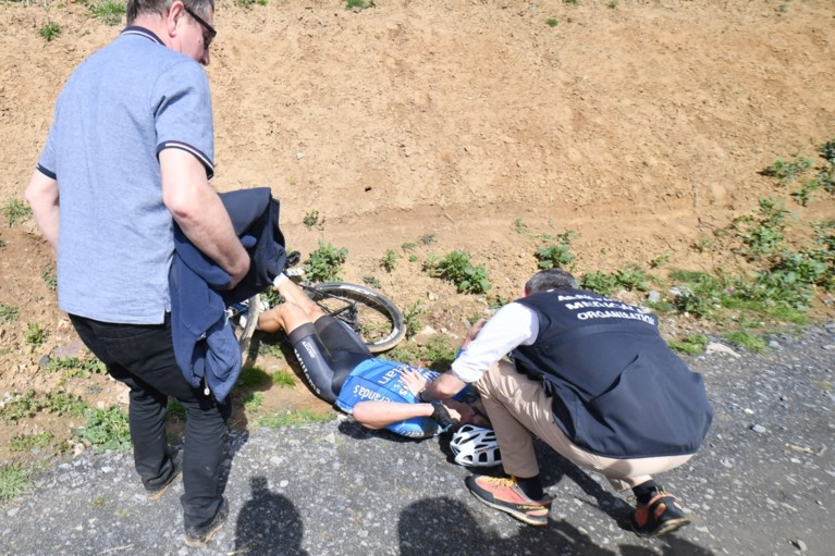 Wielrenner Michael Goolaerts (23) krijgt hartstilstand tijdens Parijs-Roubaix