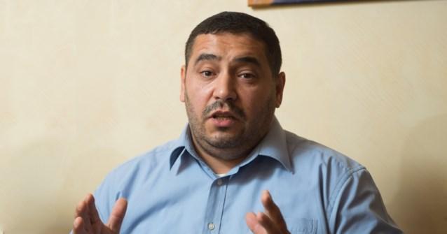 De man achter de Islam-partij: hameren op respect voor anderen, maar wel veroordeeld voor huiselijk geweld