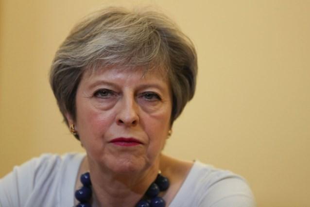 Premier Theresa May niet uitgenodigd op huwelijk Harry en Meghan