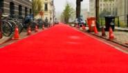 Nieuwe, knalrode fietsstraat ingevoerd in Gent