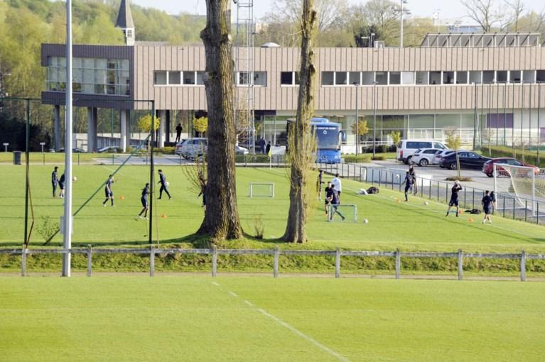 """Burgemeester van Anderlecht noemt zijn bouwplannen """"onmogelijk"""", Marc Coucke wil tijd kopen met werken in huidig stadion"""