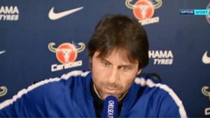 Hilarisch: Conte krijgt plots telefoon tijdens persconferentie… van zijn vrouw