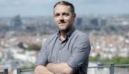 'De Zevende Dag'-presentator Xavier Taveirne praat met Vlamingen die op de Vlaams barricade stonden homorechten