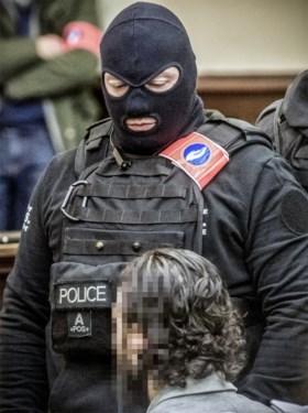 Abdeslam en Ayari krijgen maximumstraf voor terroristische moordpoging tijdens schietpartij in Vorst