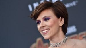 Scarlett Johansson voor het eerst op rode loper met nieuwe vriend
