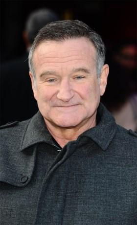 """Boek onthult laatste dagen van acteur Robin Williams: """"Hij kon zijn tekst niet meer onthouden, snikte iedere dag in mijn armen"""""""