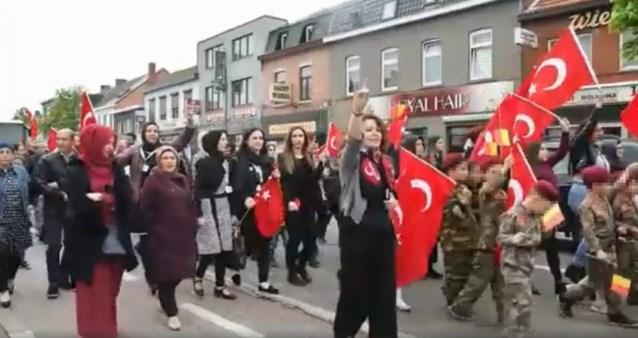 """SP.A-schepen onder vuur voor deelname aan Turkse Wolvenstoet: """"Dit kan niet"""""""
