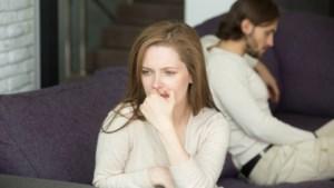 """ADVIES. """"Hoe kan ik weer opwinding voelen nu mijn friend with benefits verhuisd is?"""""""