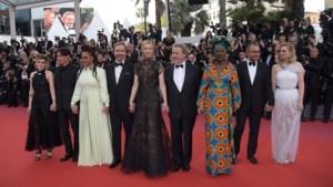 Juryvoorzitter Cate Blanchett brengt rode loper van Cannes op gang
