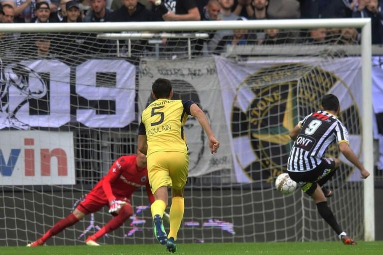 Club Brugge kan zondag kampioen spelen op Standard na dolle tien minuten in Charleroi