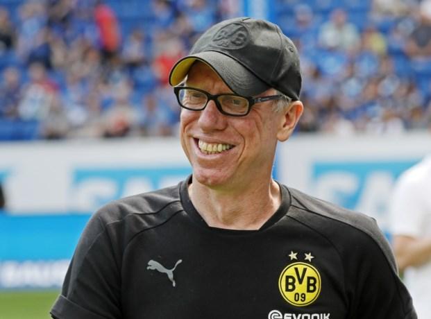 """Borussia Dortmund is op zoek naar """"nieuwe impuls"""" en neemt afscheid van coach Peter Stöger"""