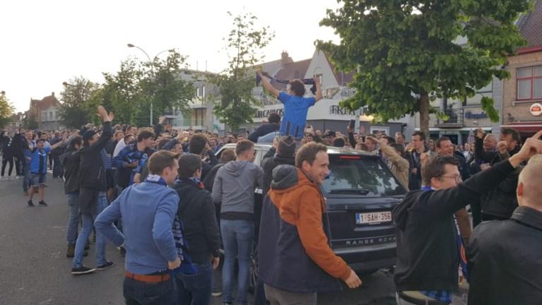 Uitzinnig volksfeest barst los in Brugge na het behalen van de titel: Club-fans veroveren de 'Platse'