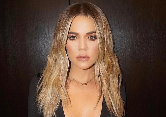 Hier zijn ze dan, de eerste beelden van het dochtertje van Khloé Kardashian
