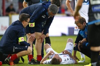 """De Belgische voetbalwereld viel even stil toen zijn hart plots 300 keer per minuut klopte: """"Na operatie beslis ik over mijn toekomst"""""""