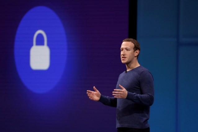 """Mark Zuckerberg ontwijkt vakkundig netelige vragen van Europees Parlement: """"Ik blijf op mijn honger zitten"""""""