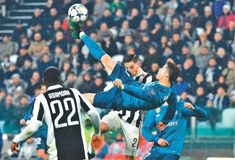 De fantastische retro van Gareth Bale in beeld: beter dan die van Cristiano Ronaldo?