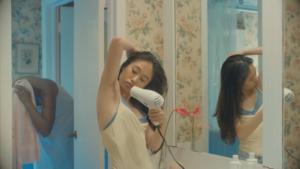 Voor het eerst okselhaar in reclame voor scheerzeep voor vrouwen