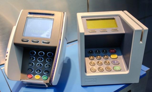 Vanaf augustus geen extra kosten meer voor aankopen met bankkaart