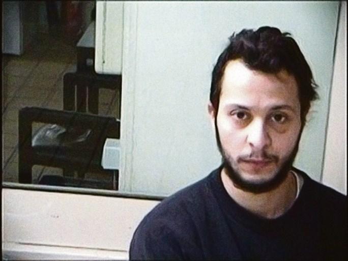Salah Abdeslam doorbreekt stilzwijgen en spreekt aanslagen Parijs goed