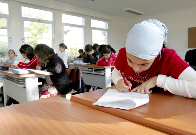 Toch geen algemene toelating voor hoofddoeken in Gentse stadsscholen