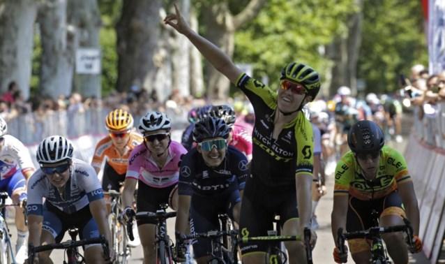 """Jolien D'hoore is koningin van de sprint en pakt tweede ritzege op rij in Giro Rosa : """"Voelde me eigenlijk niet zo fris"""""""