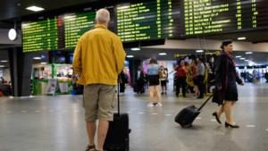Treinverkeer voor tweede dag op rij zwaar verstoord: opnieuw minimale dienstverlening