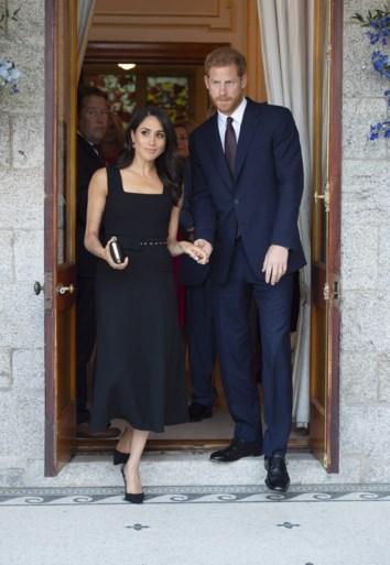 Meghan Markle draagt vier outfits in Dublin (en daarvoor moest prins Charles diep in de buidel tasten)